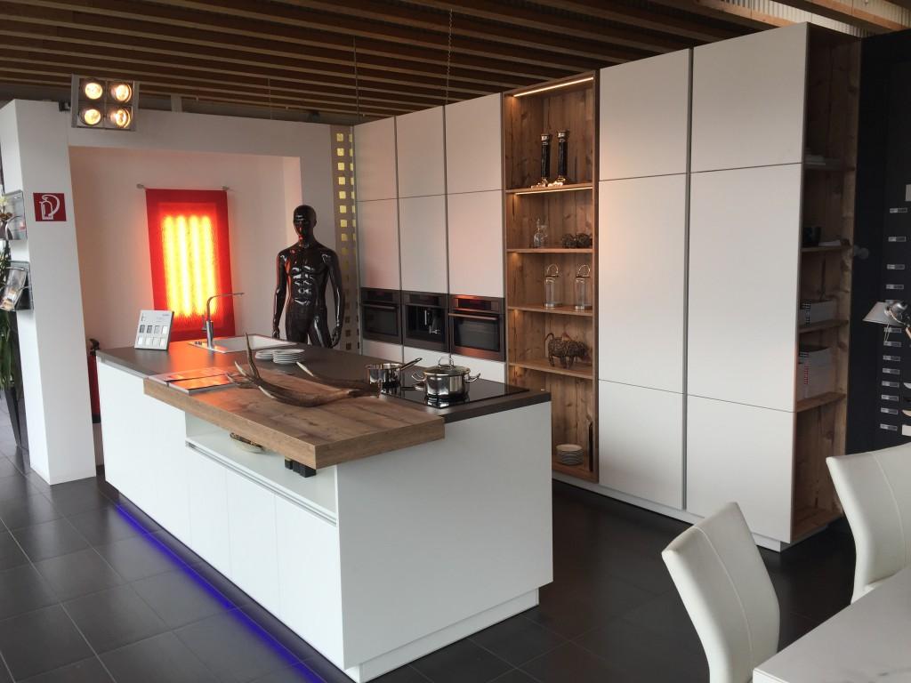 Neue Korpushöhen Ergonomie Pur ( Studio Klagenfurt)